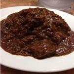 【本格ビーフカレー】 JR大阪駅構内「グルメカリー ピッコロ」は牛肉をドロドロに煮込んだ本当のビーフカレーだった件